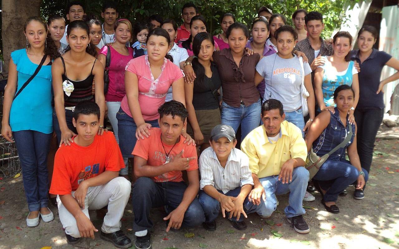 Jugendarbeit in den Armensiedlungen - AWO International e.V.