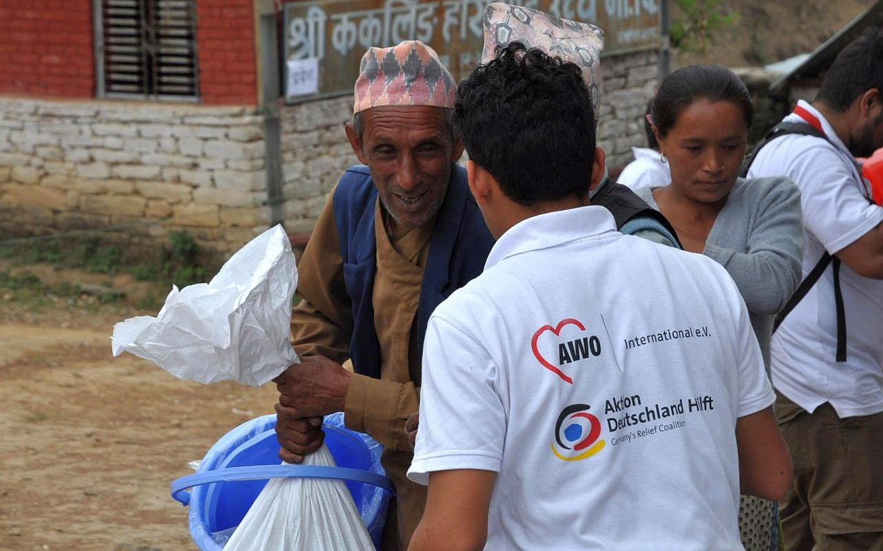 Help after the earthquake in Nepal: Fast and effective aid through the emergency relief fund (Photo: AWO International)