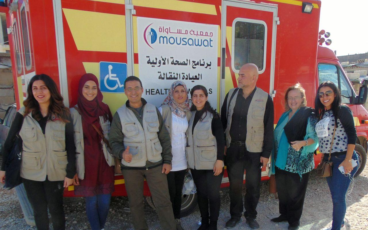 The mobile clinic team cares for Syrian refugees in Lebanon (Photo: Volkshilfe Archive)